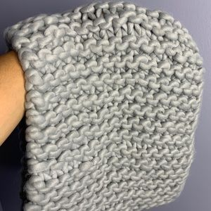 Boutique Accessories - NEW Knit Gray Scarf